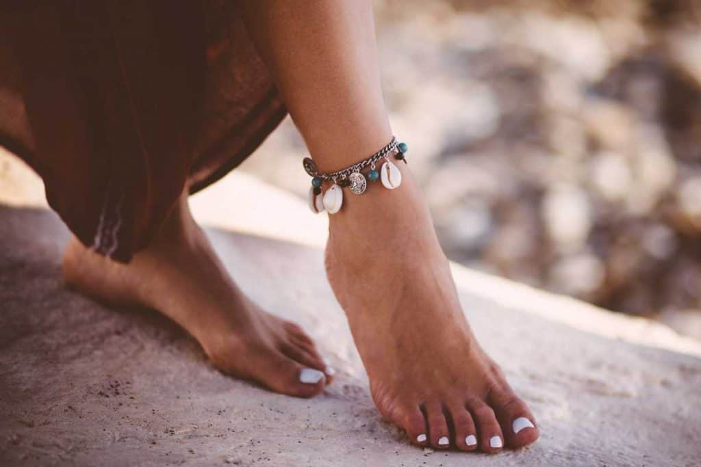 What Does Wearing an Anklet Mean