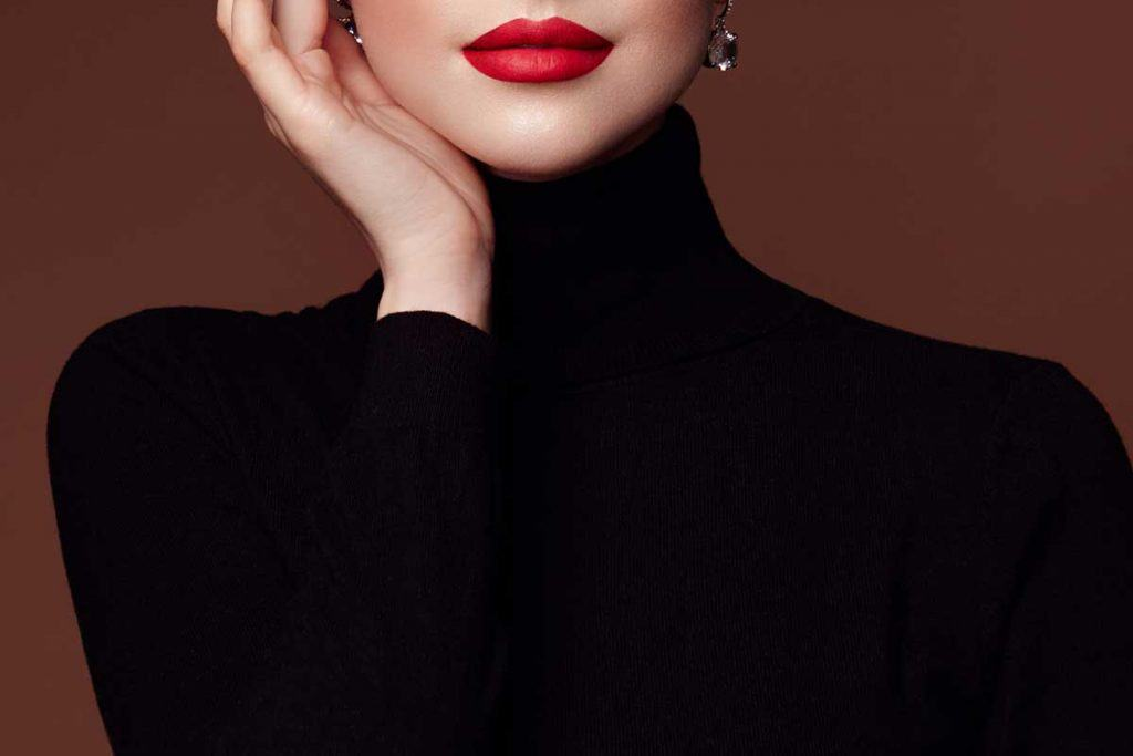 Black Turtlenecks For Women: A Style Guide
