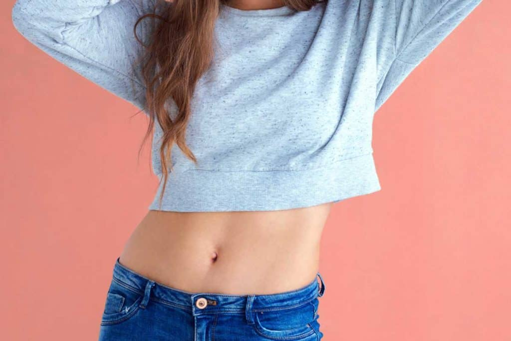 How To Wear A Crop Top With Jeans?
