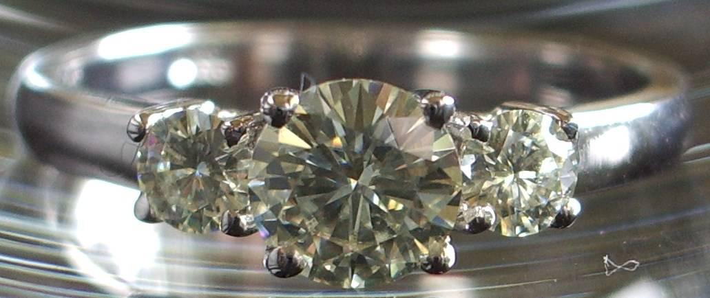 Shining synthetic moissanite engagement ring