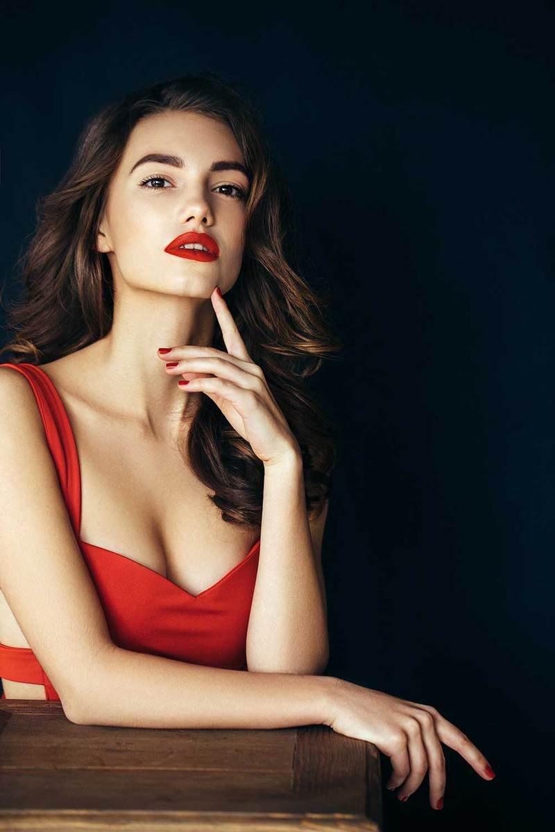 Red dress with red hot lipstick