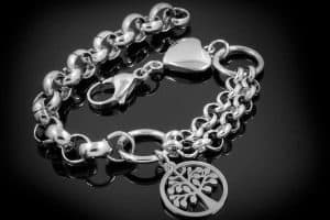 Tree of Life Bracelet Meaning [Inc. 15 examples with shopping links]