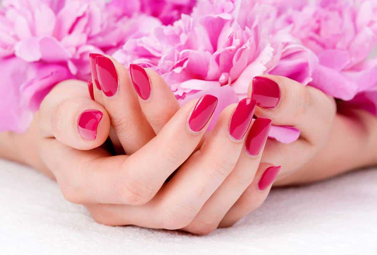 Pink manicure with pink flowers