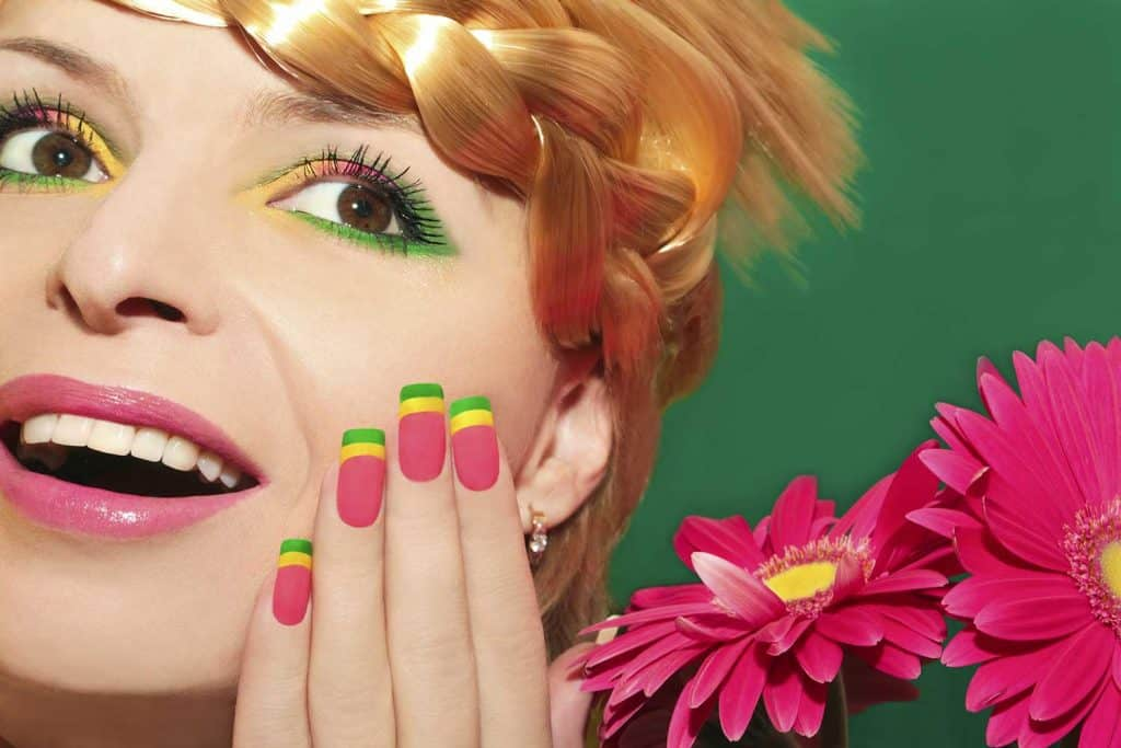 Beautiful summer makeup with colorful nails