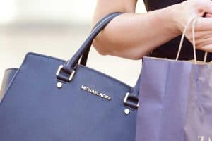 Top 10 Handbag Brands Every Fashion Fan Should Know