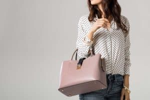 Should You Bring A Handbag To An Interview?