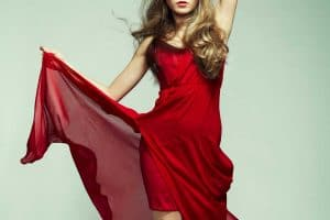Read more about the article 27 Red Dress Outfits That Will Inspire You