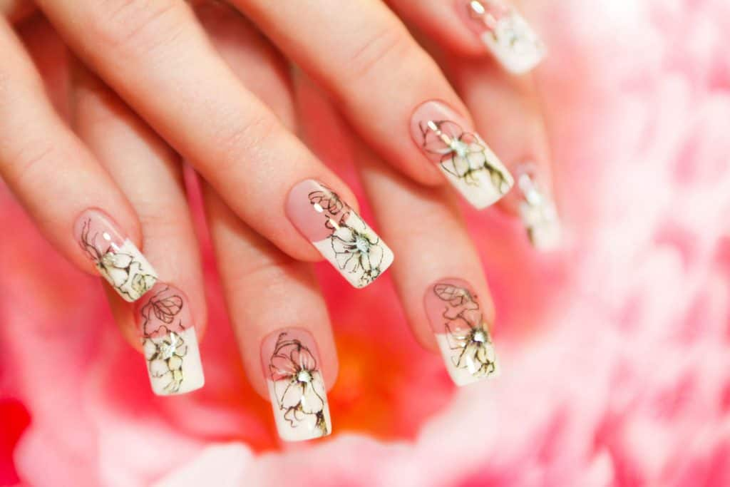 Fake Floral French manicure
