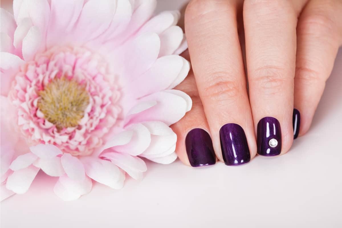 Beautiful manicured nails using acrylic nail polish