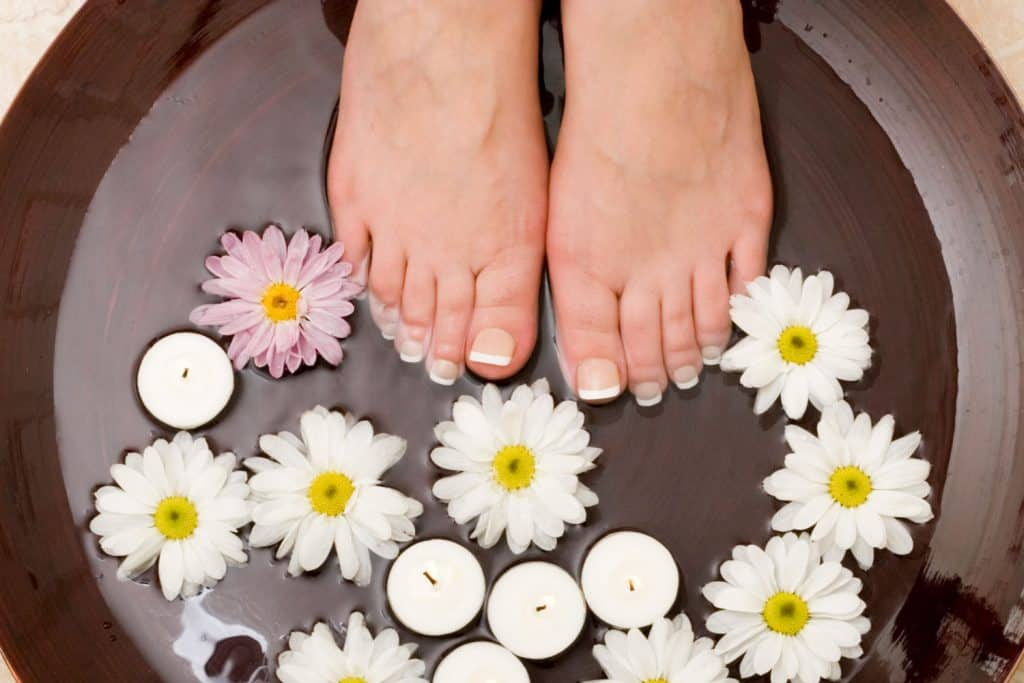 Pampered feet with french pedicure, How Long Does A French Pedicure Last?