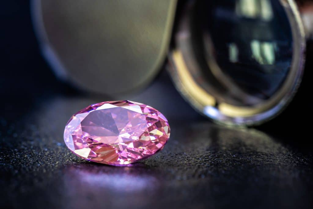 A gorgeous pink sapphire stone brilliantly cut