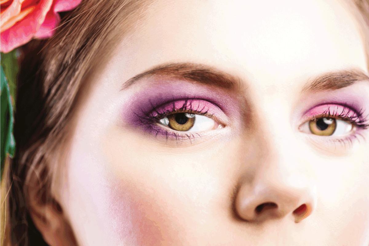 Beauty eyes close up purple eyeshadow