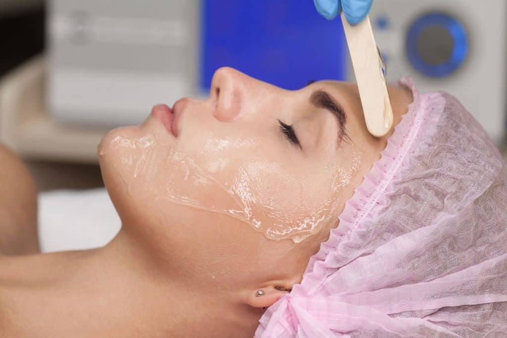 Doctor applies Hydro gel Mask on the woman face, How Often Should You Use A Gel Mask?