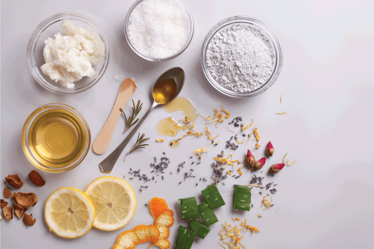 Organic and natural cosmetic ingredients
