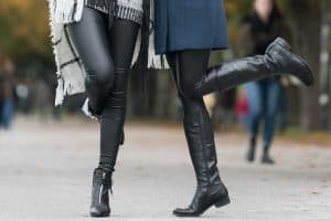 Read more about the article Should Boots Match Leggings? [And Should You Tuck Leggings In?]