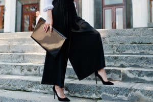 Read more about the article How To Style Palazzo Pants [A Complete Guide!]