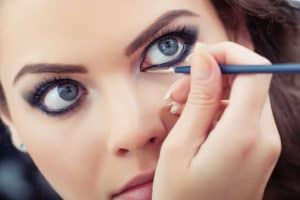 Read more about the article How Long Does Liquid Eyeliner Last?