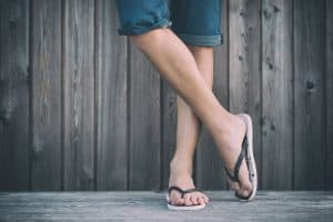 Read more about the article How To Keep Flip Flops From Slipping Off