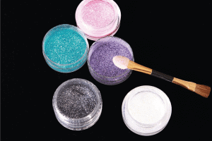 Read more about the article How Long Does Body Glitter Stay On Your Body? [And How to Remove It]