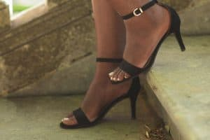 Read more about the article 11 Great Pedicure Ideas For Dark Skin