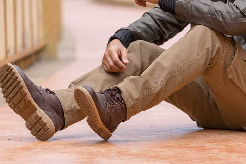 Model wearing cargo pants and brown leather shoes, What Shoes Go With Cargo Pants?
