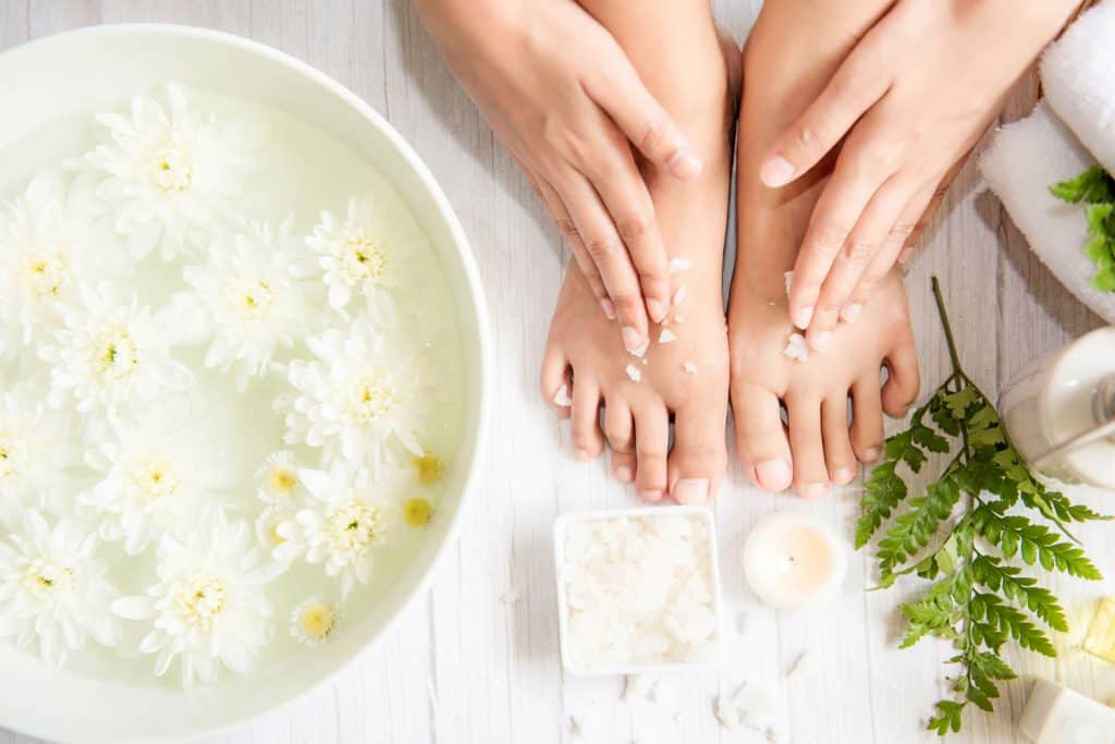 Thai therapy treatment aromatherapy for the foot