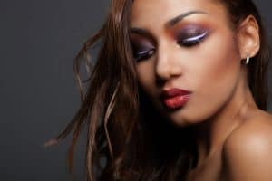 Read more about the article What Color Blush Goes With Purple Eyeshadow?
