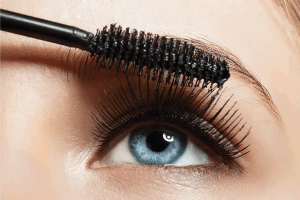 Read more about the article What Color Eyeshadow Goes With Grey Eyes?